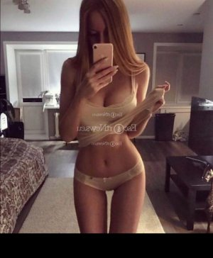Jeannina call girl & erotic massage