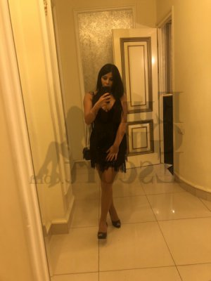 Djeinabou live escort in Orinda and thai massage