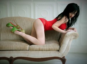 Lysana erotic massage and live escort